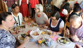 Juni 2017 internationales Buffet beim Historischem Patenverein in Steyrermühl, Österreich (Bild: Multikulti Verein)